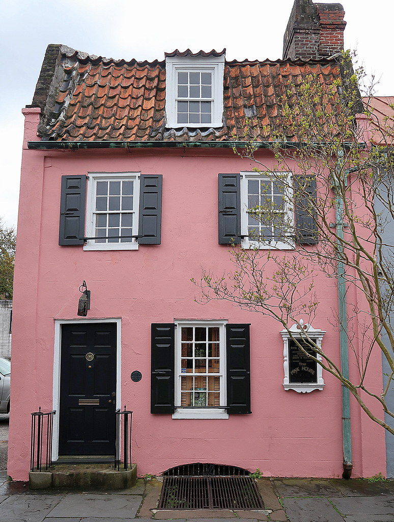 the pink house, located at 17 chalmers street, charleston, south carolina