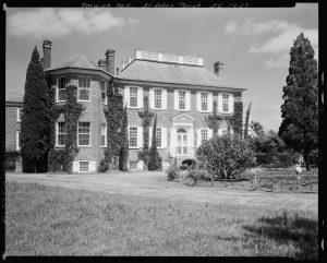 The Hauntings of Fenwick Hall Plantation, John's Island SC - Photo