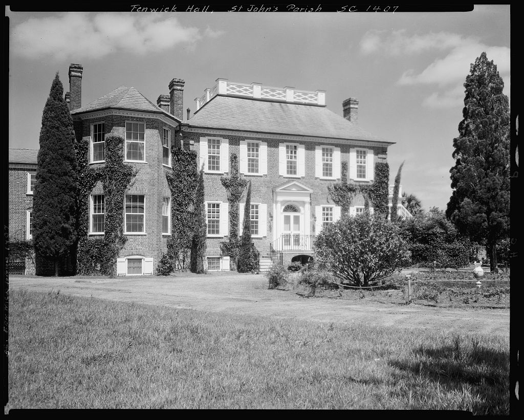 The Hauntings of Fenwick Hall Plantation, John's Island SC - Photo